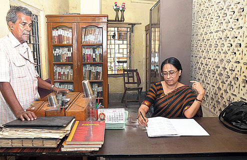 Gouri Sanyal has joined as librarian of Howrah Seva Sangha library from February this year. Picture by Gopal Senapati
